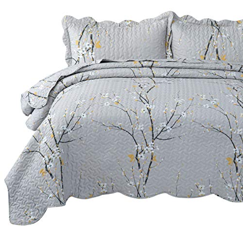 Bedsure Quilt Set Grey Twin Size Plum Blossom 68x86 Inches Bedspread Lightweight Coverlet Quilt For Spring And Summer 1 Quilt And 1 Sham 0