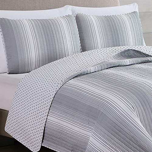2 Piece Reversible Quilt Set With Shams All Season Bedspread With Ombre Striped Pattern Everette Collection Twin Grey 0 0
