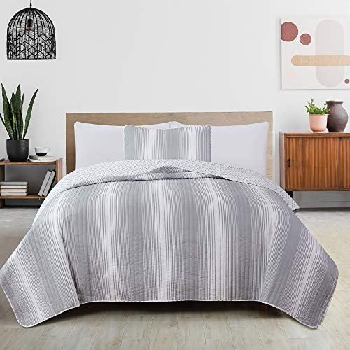 2 Piece Reversible Quilt Set With Shams All Season Bedspread With Ombre Striped Pattern Everette Collection Twin Grey 0