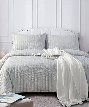NTBAY Seersucker King Textured Duvet Cover Set 3 Pieces 1 Duvet Cover 2 Pillow Cases Light Grey Stripe Washed Microfiber Comforter Cover With Zipper Closure King 104x90 Inches Light Grey 0 1 300x360